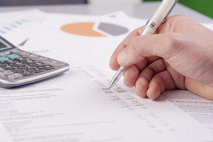 Büro, Taschenrechner, Zahlen, Finanzen, pfpgroup @ fotolia.com