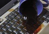 laptop unfall kaffee