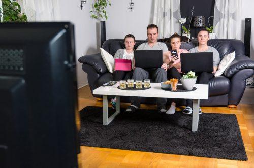 Mit Online-TV schauen Sie Ihre Lieblingssendungen auf allen internetfähigen Endgeräten.