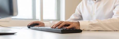 Über Tastatur und Maus kommunizieren Sie mit Ihrem Computer.