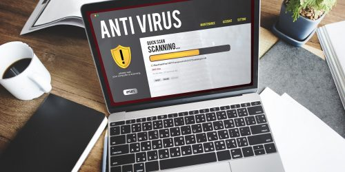 Anti Virus Software auf Laptop