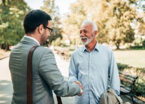 Beispiele für EVA-Prinzip: Bekannten im Park treffen