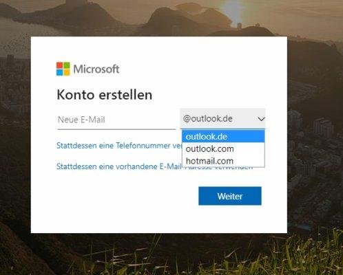 Auswahl der Email-Endung beim kostenlosen E-Mail-Anbieter Outlook.com