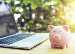 SSHD kaufen: Notebook mit Sparschwein