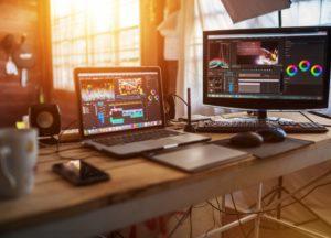 Desktop-PC mit Schnittsoftware