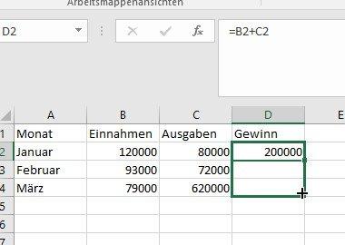 Formeln für darunterliegende Zellen kann Excel automatisch anpassen