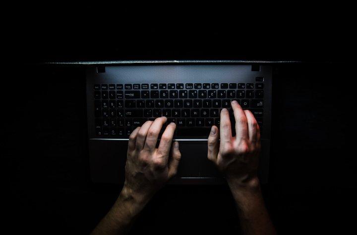 Hackerangriff erkennen und sich vor Hackern schützen: Mit diesen Maßnahmen beugen Sie Angriffen vor