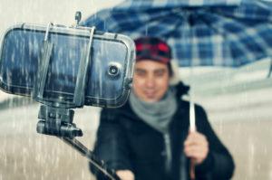 selfie stick smartphone
